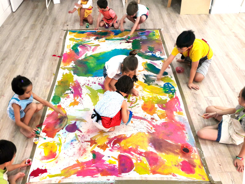Working Together: The Benefits of Group Art Projects for Kids – Jane ...